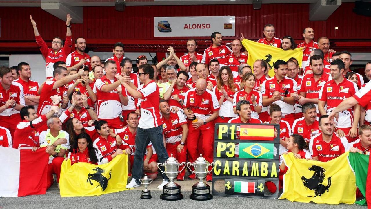 Fernando Alonso celebrates with team 12.05.2013 Spanish Grand Prix