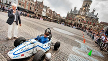 Students hit 0-100kph in 2.15s - breaks electric vehicle world record