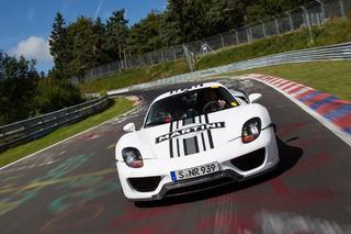 Porsche 918 Spyder Completes 7:14 Run on Nurburgring Nordschleife