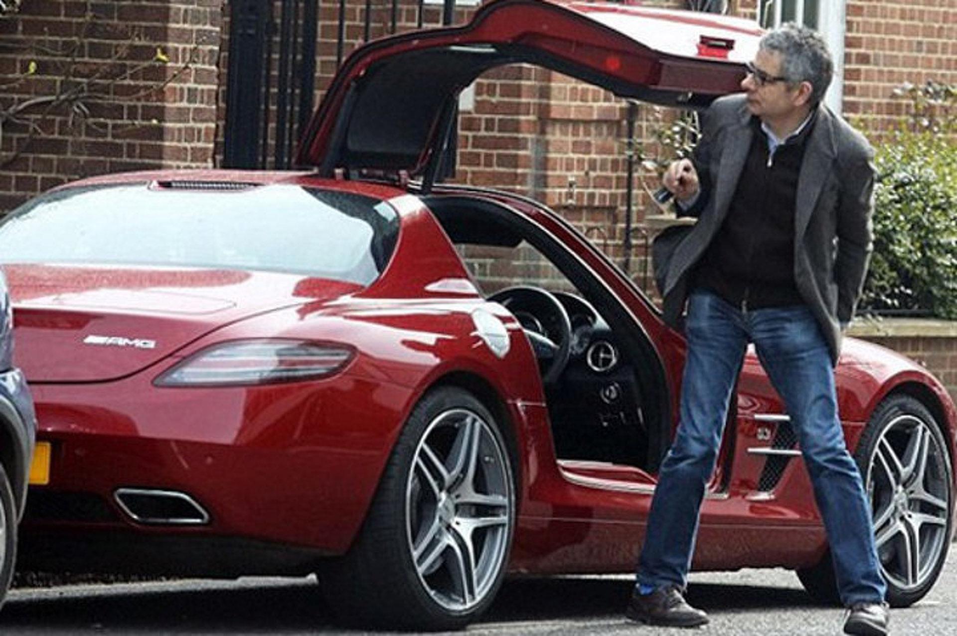 "Rowan Atkinson: ""Mr. Bean"" Actor, Supercar-Crasher Granted Divorce"