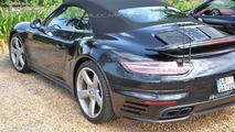 WCF reader spies several Porsche 911s
