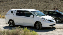2011 Toyota Sienna Third Generation Minivan World Debut in L.A.