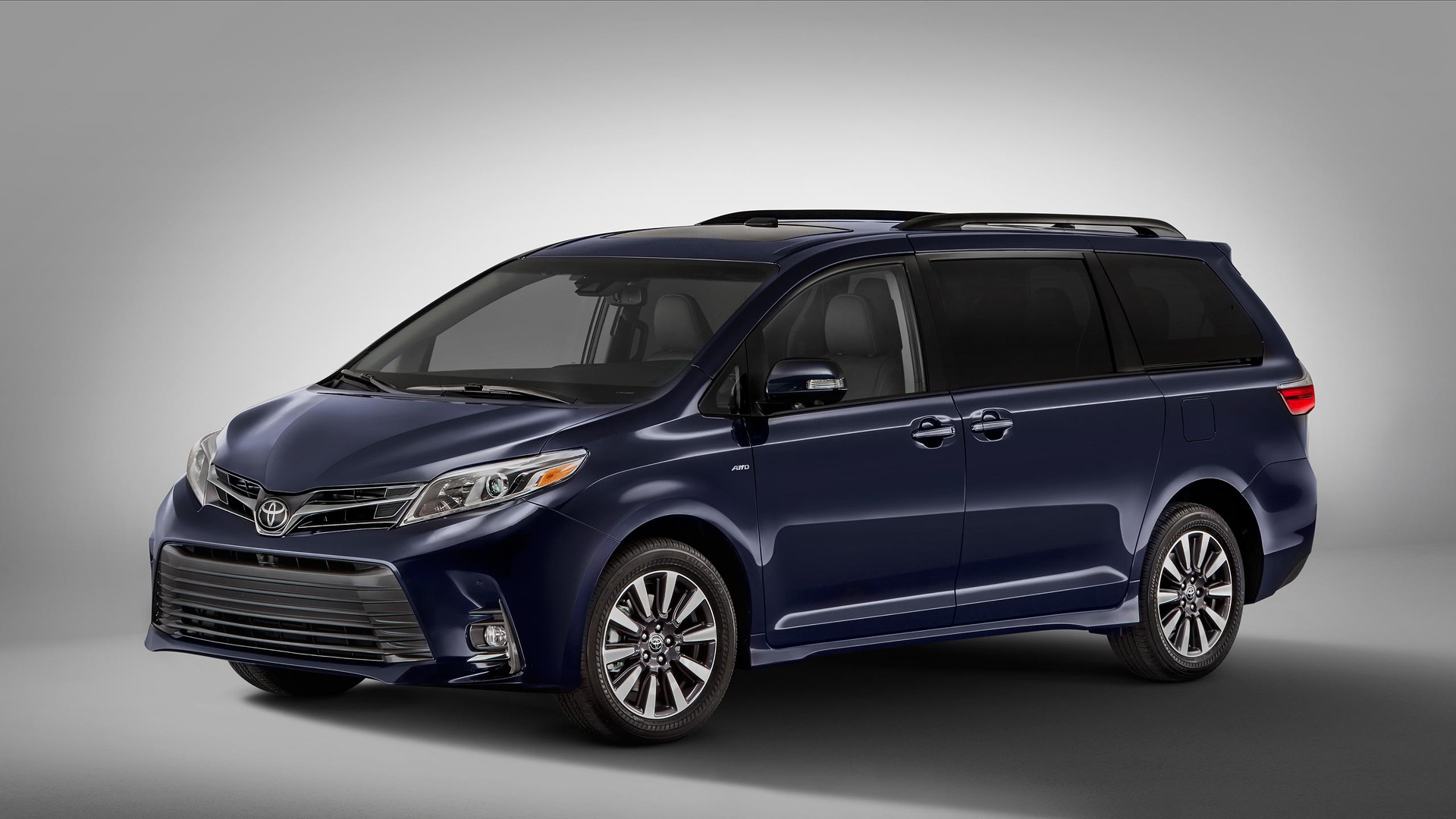 Used Cars Toyota Sienna 2018 Toyota Sienna Features Contentious New Face, Interior Updates