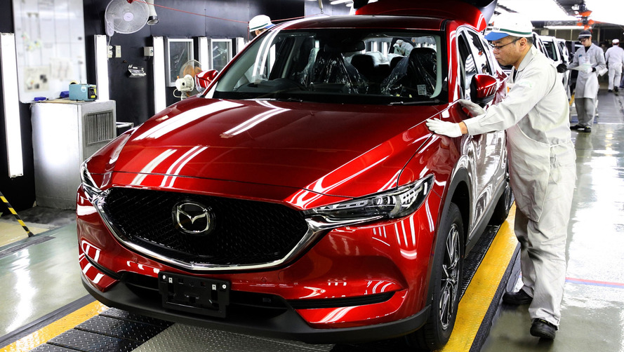 First 2017 Mazda CX-5 looks Kodo-licious on assembly line