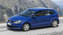 2014 Volkswagen Polo facelift spy photo 21.5.2013