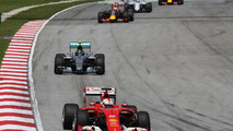 Vettel would prefer day race in Bahrain