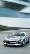 Mercedes SLS AMG Flies onto the Mercedes-Benz Museum Stuttgart [Video]