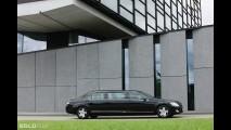 Mercedes-Benz S600 Pullman Guard