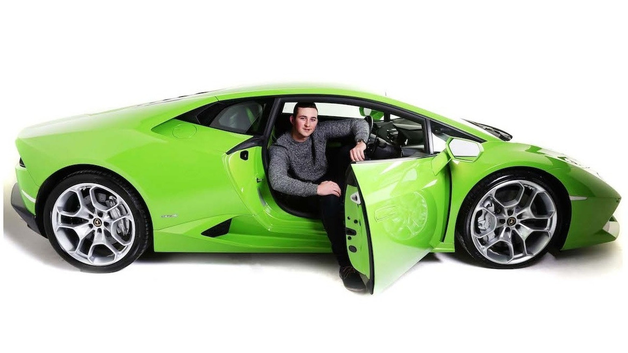 lamborghini huracan performs taxi duties in u k. Black Bedroom Furniture Sets. Home Design Ideas