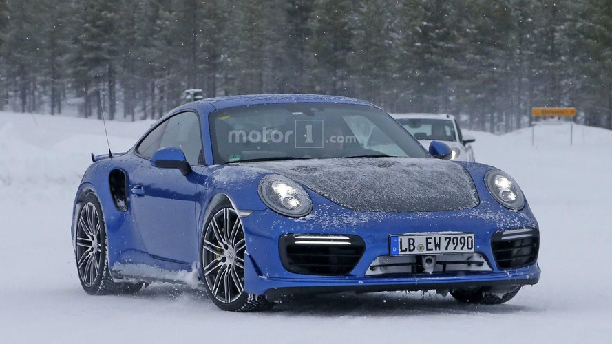 Porsche 911 GT2 RS spied, could have up to 700 hp