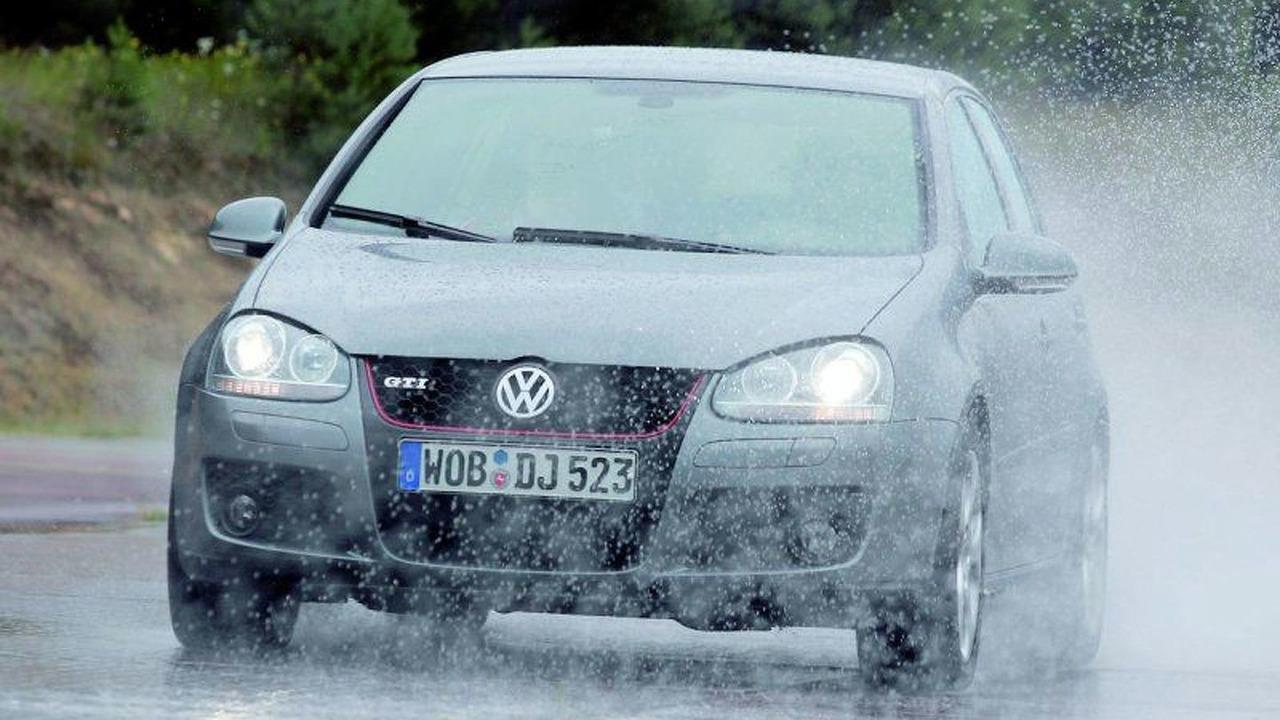 Volkswagen Golf GTI ESP Plus Steering Impulse