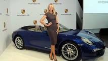 Porsche suspends relationship with tennis star Maria Sharapova