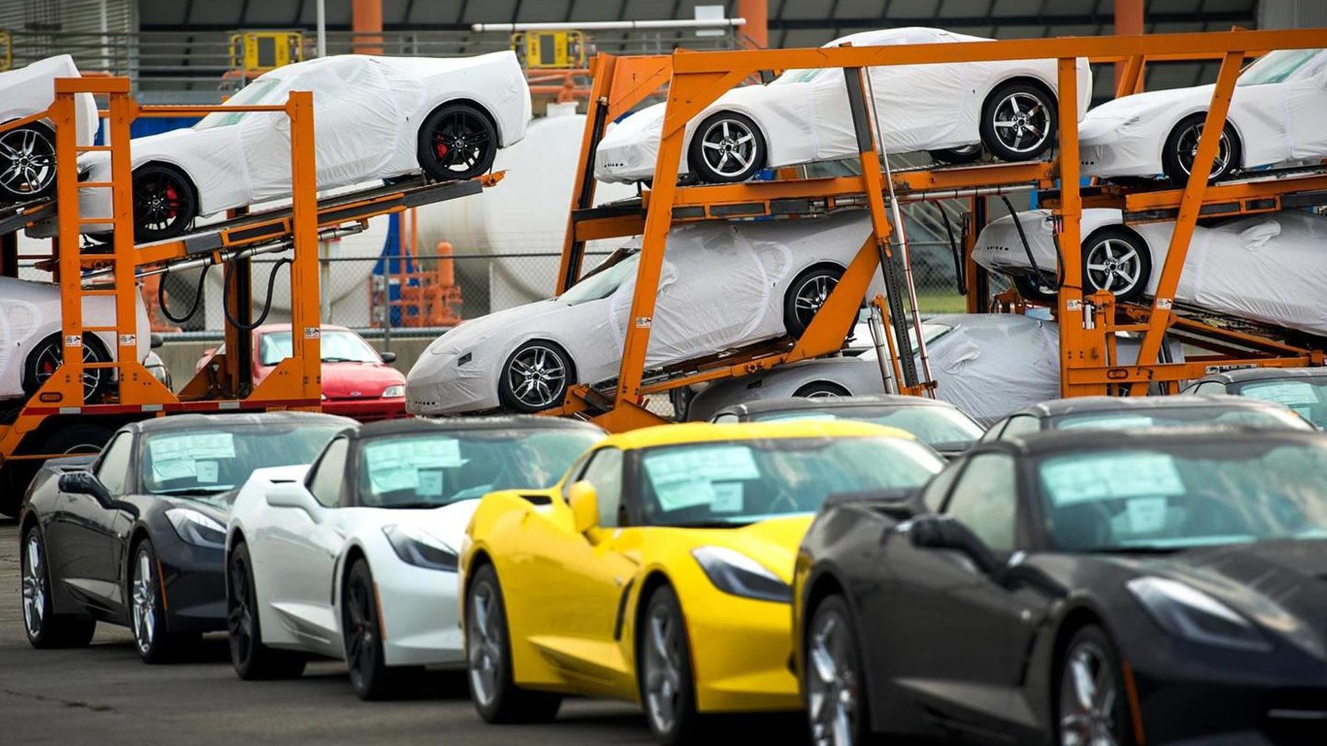 2014 Chevrolet Corvette shipping kicks off