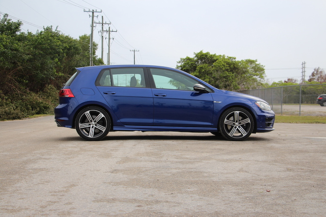 5 Bold Features of the 2016 Volkswagen Golf R
