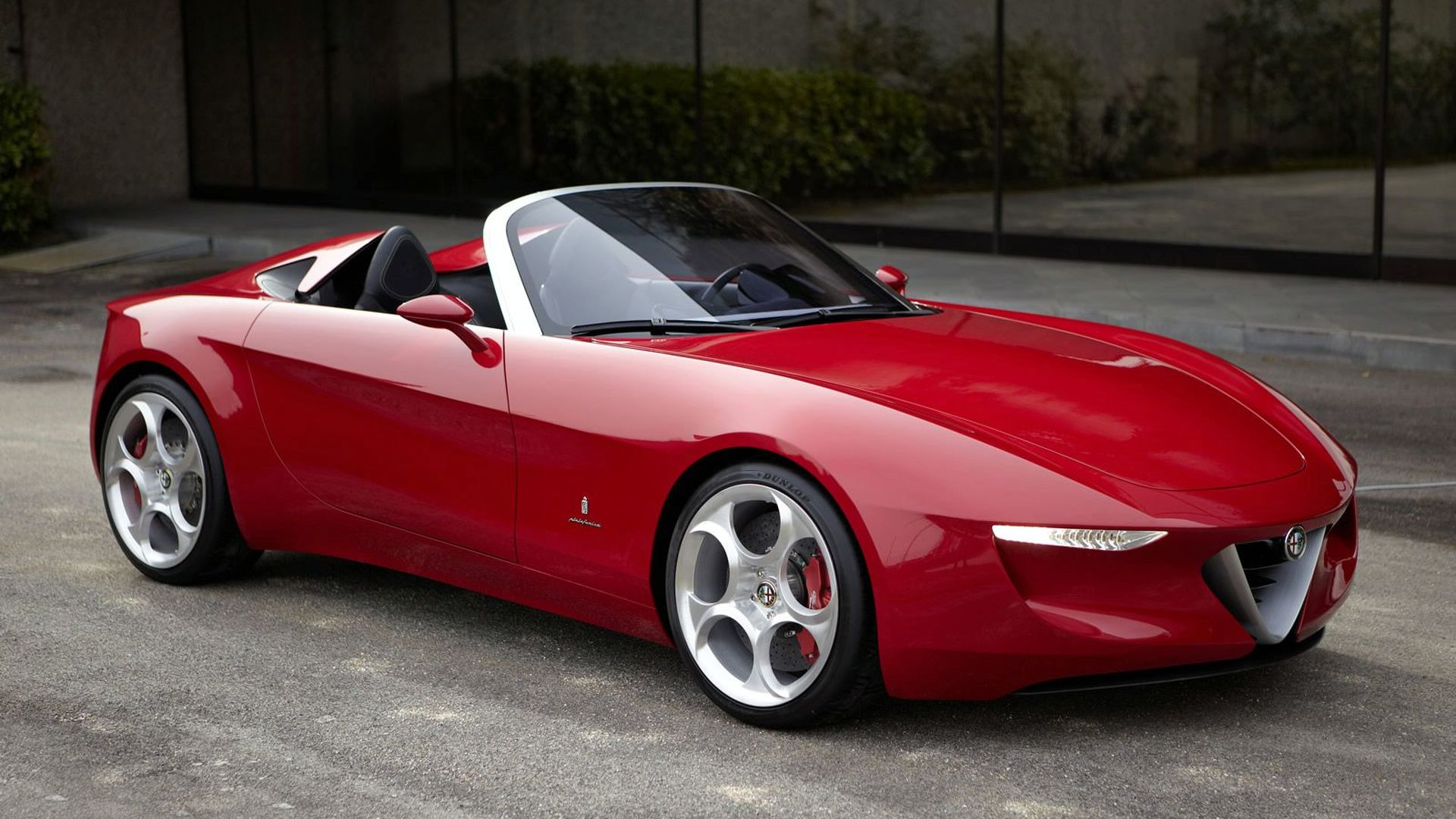 Alfa Romeo plotting a new Spider, won't be Mazda-based - report