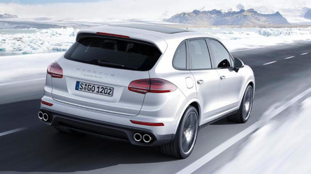 2016 Porsche Cayenne Turbo S unleashed in Detroit with 570 HP