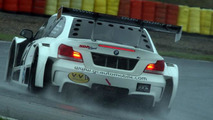 BMW 1M Coupe as V8-powered silhouette race car [video]