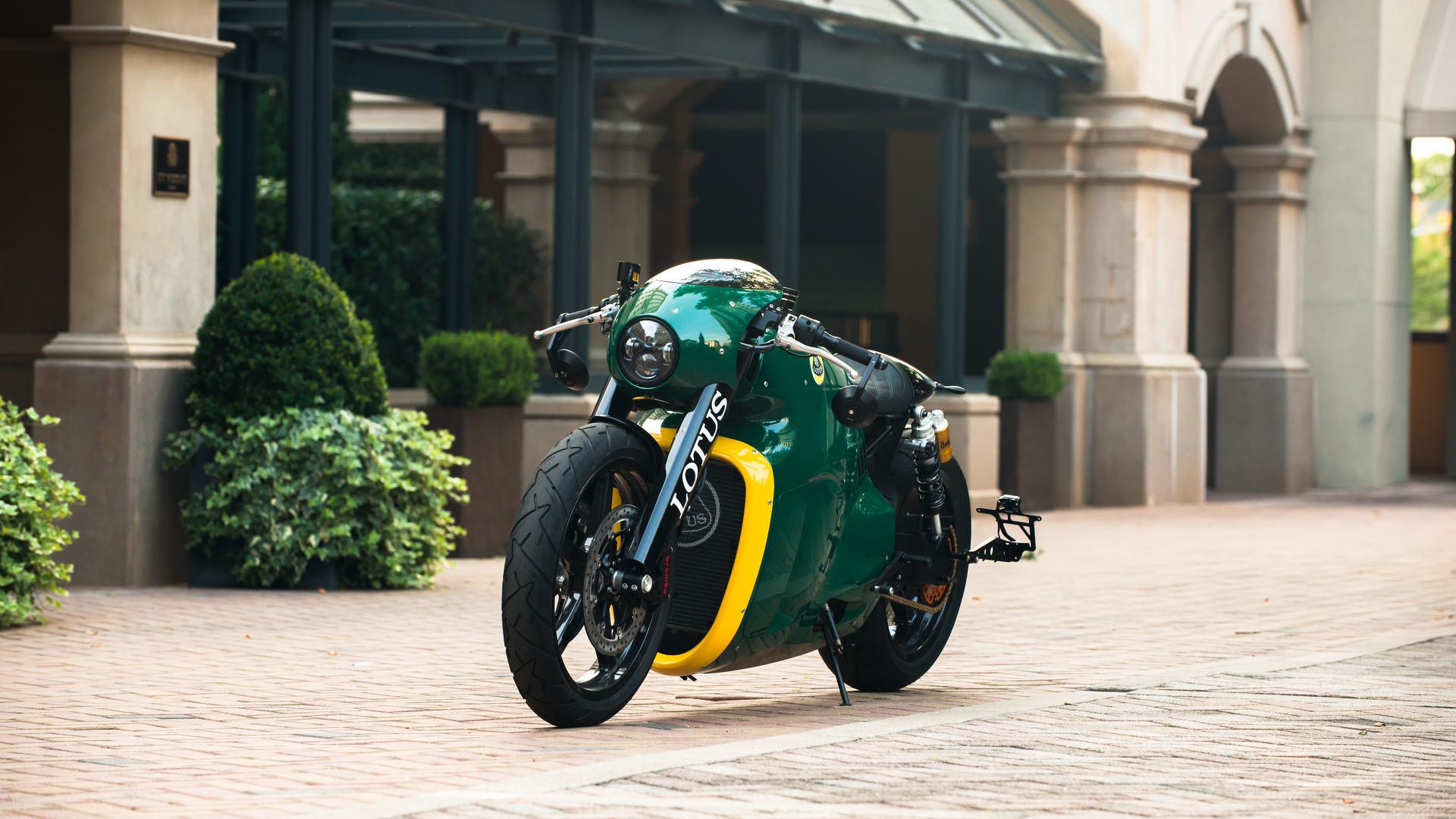 Lotus C 01 Motorcycle By Roborace Designer Daniel Simon