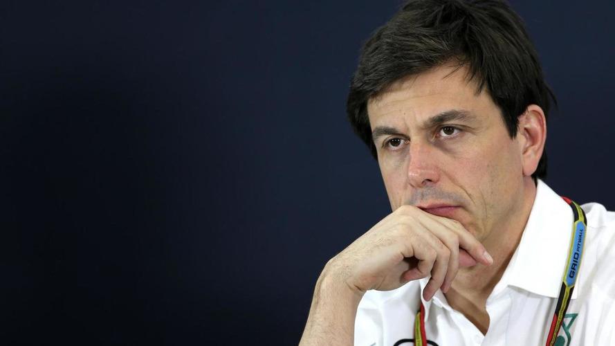 F1 'must' look beyond Ecclestone era - Wolff