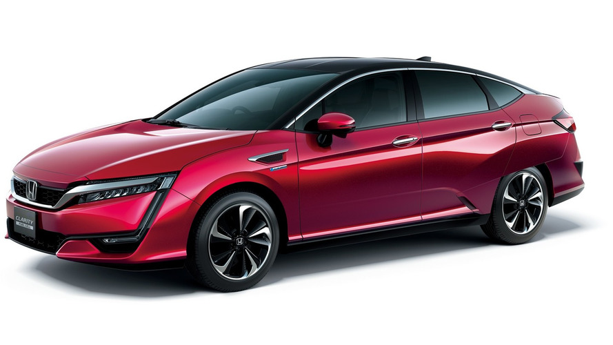 2017 Honda Clarity Fuel Cell US Spec to be displayed in New York