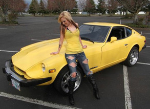 Father of the Year Uses Daughter to Sell 280Z Online