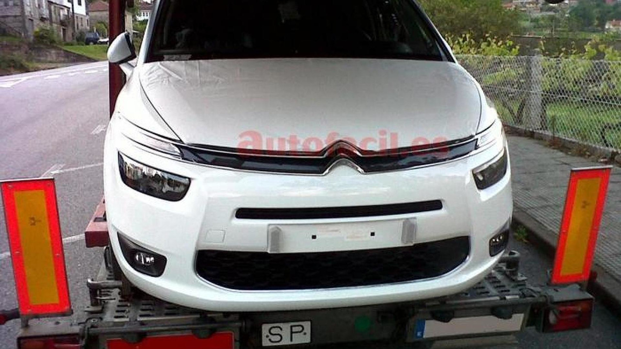 2014 Citroen C4 Grand Picasso spy photo 24.05.2013