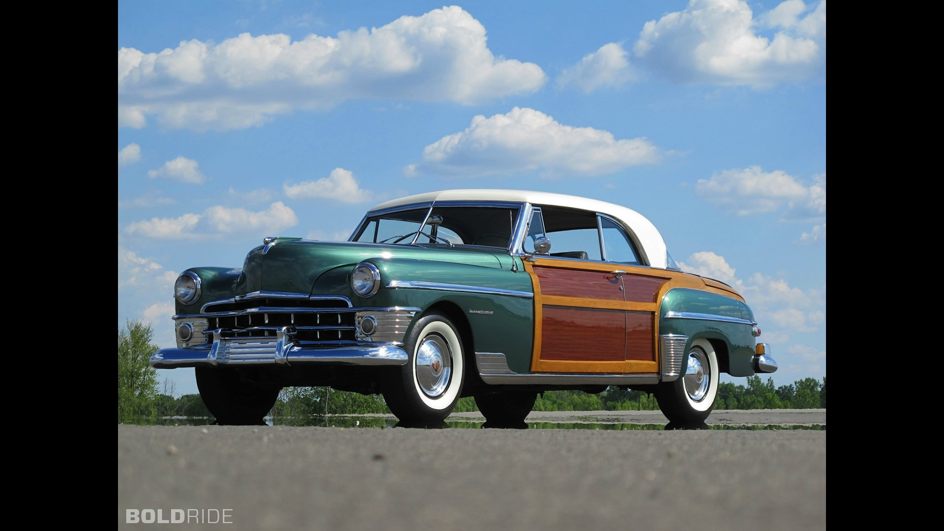 Chrysler Town & Country Newport Coupe