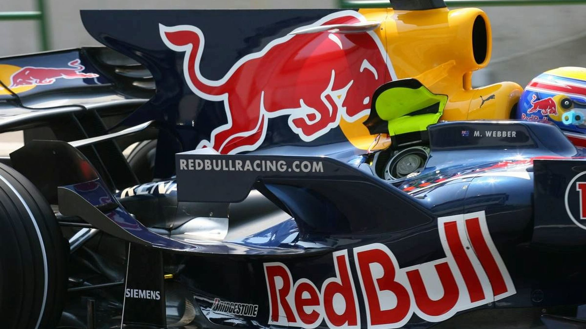 Red Bull will not test 2009 car at Valencia