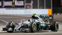 Mercedes 'nearly peed their pants' at Singapore GP end