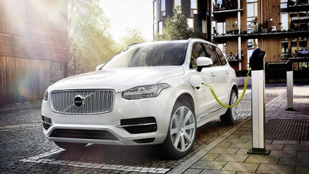 Volvo XC90 T8 Twin Engine pricing announced (US)