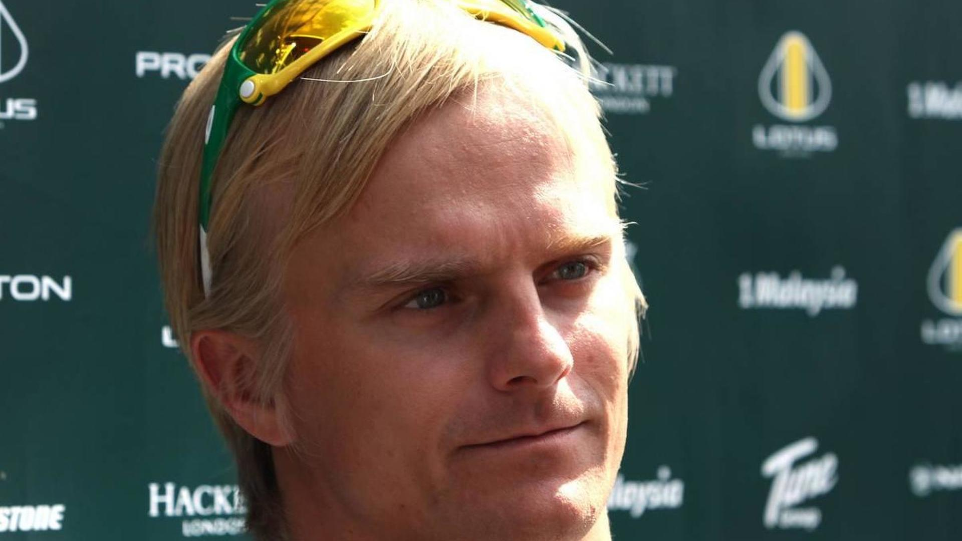Kovalainen inks 2011 deal but not confirming yet