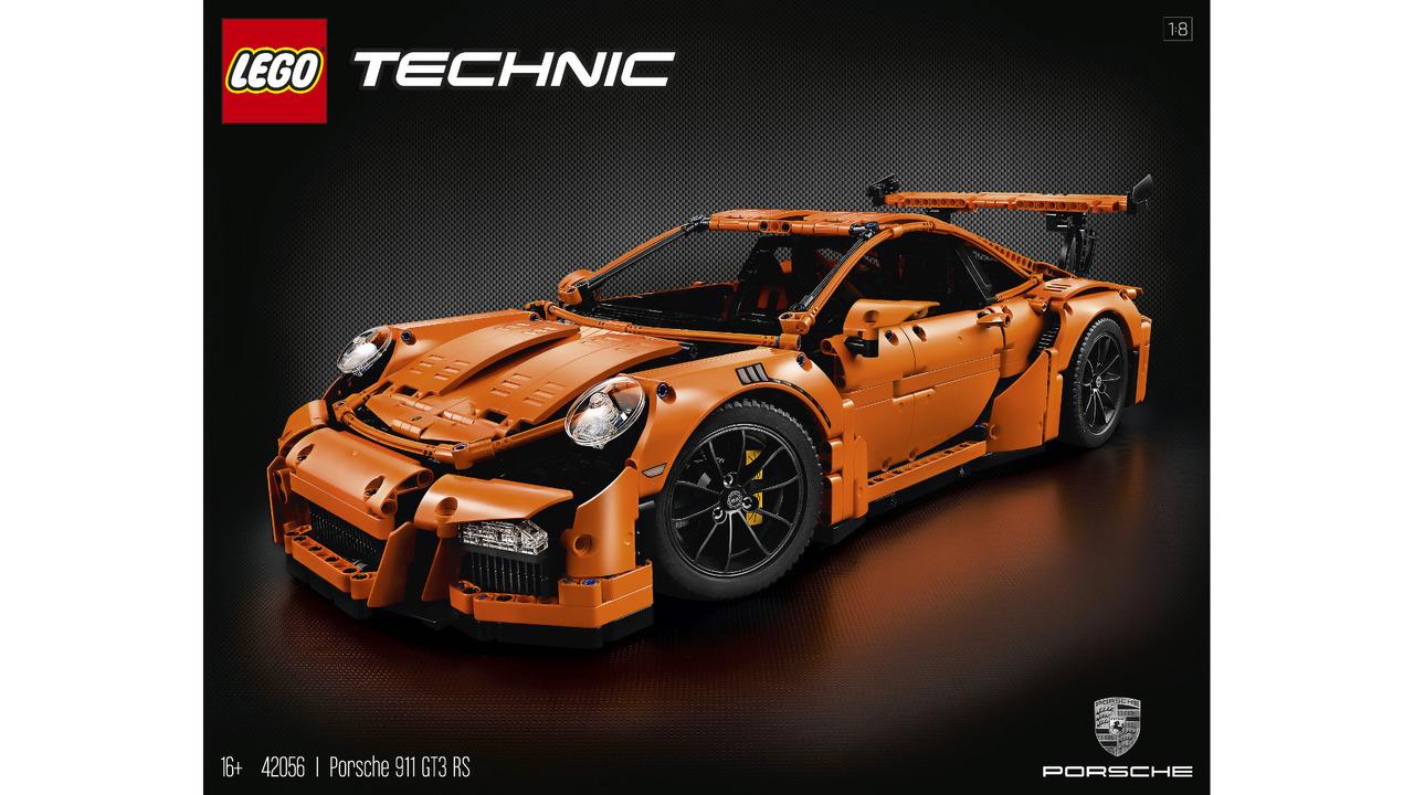 Lego Porsche 911 GT3 RS instruction manual close to 600 ...