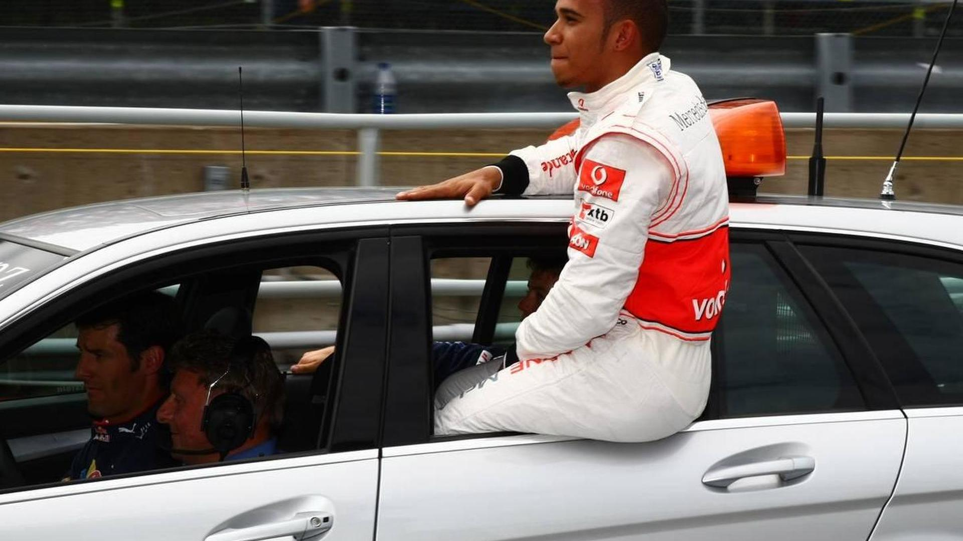 Stewards consider penalty for Hamilton 'in lap'