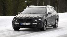 2013/2014 Mercedes E-Class facelift prototype spy photo