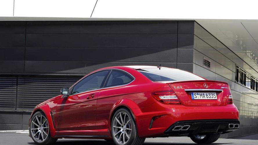 Mercedes-Benz C63 AMG Black Series latest promo - Dark Side [video]