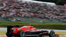 Vergne arranges helmet stickers to honour Bianchi