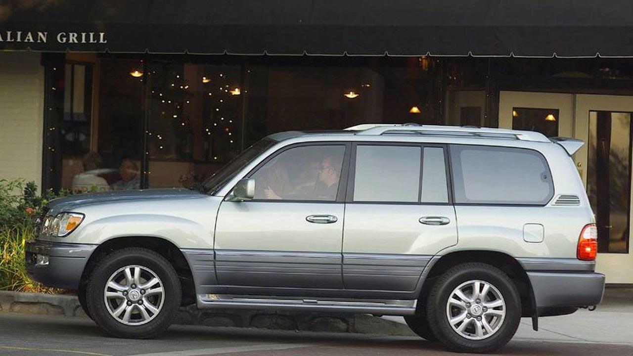 2005 Lexus LX470