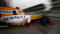 Renault to launch R30 day before Valencia test