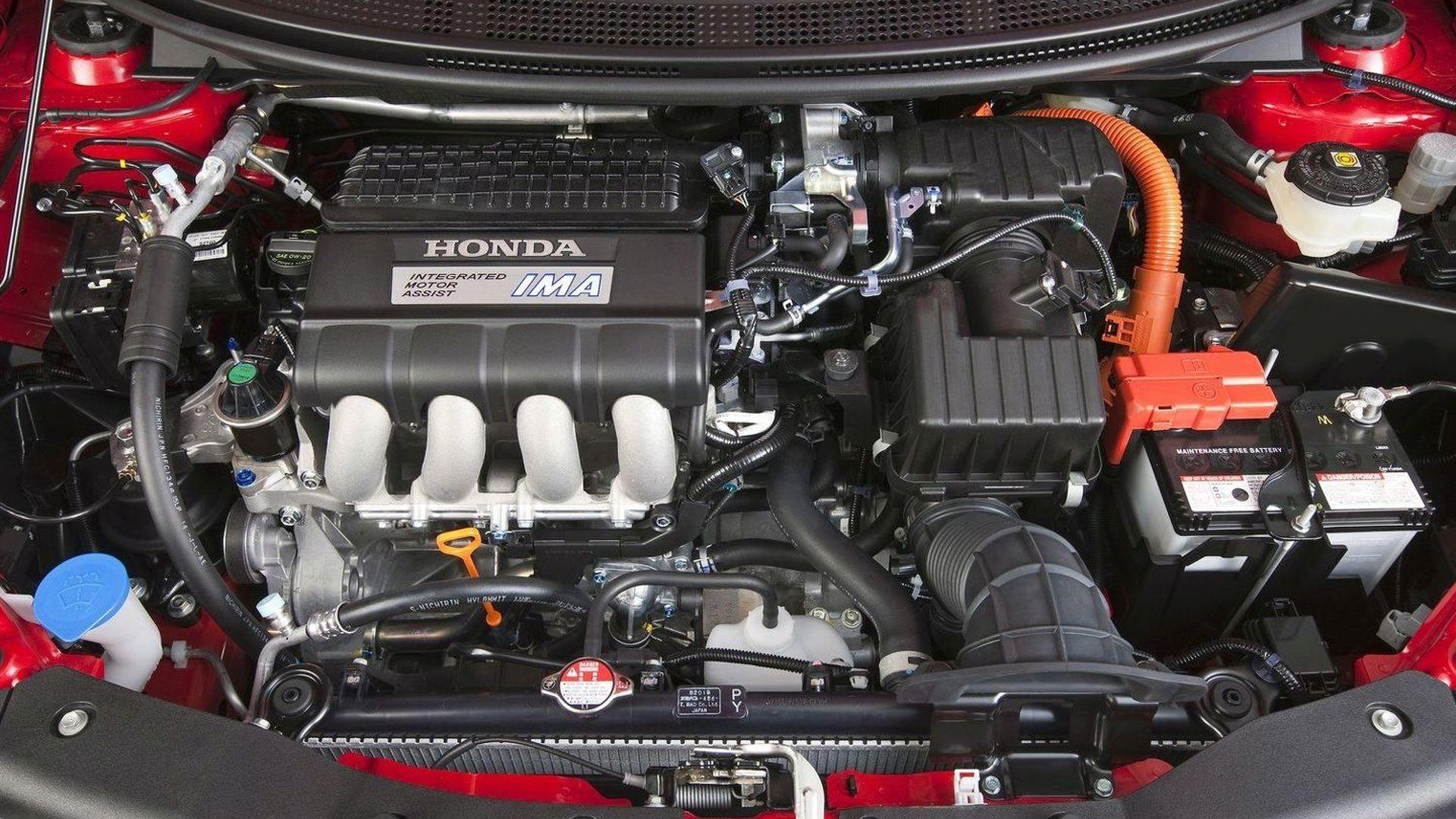 Honda CR-Z Sets Off on European Video Tour 'Live Every Litre' [Video]
