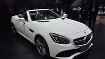2017 Mercedes SLC goes topless in Detroit