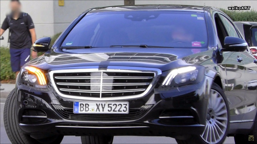 2018 Mercedes S Class spied with revised headlights and interior