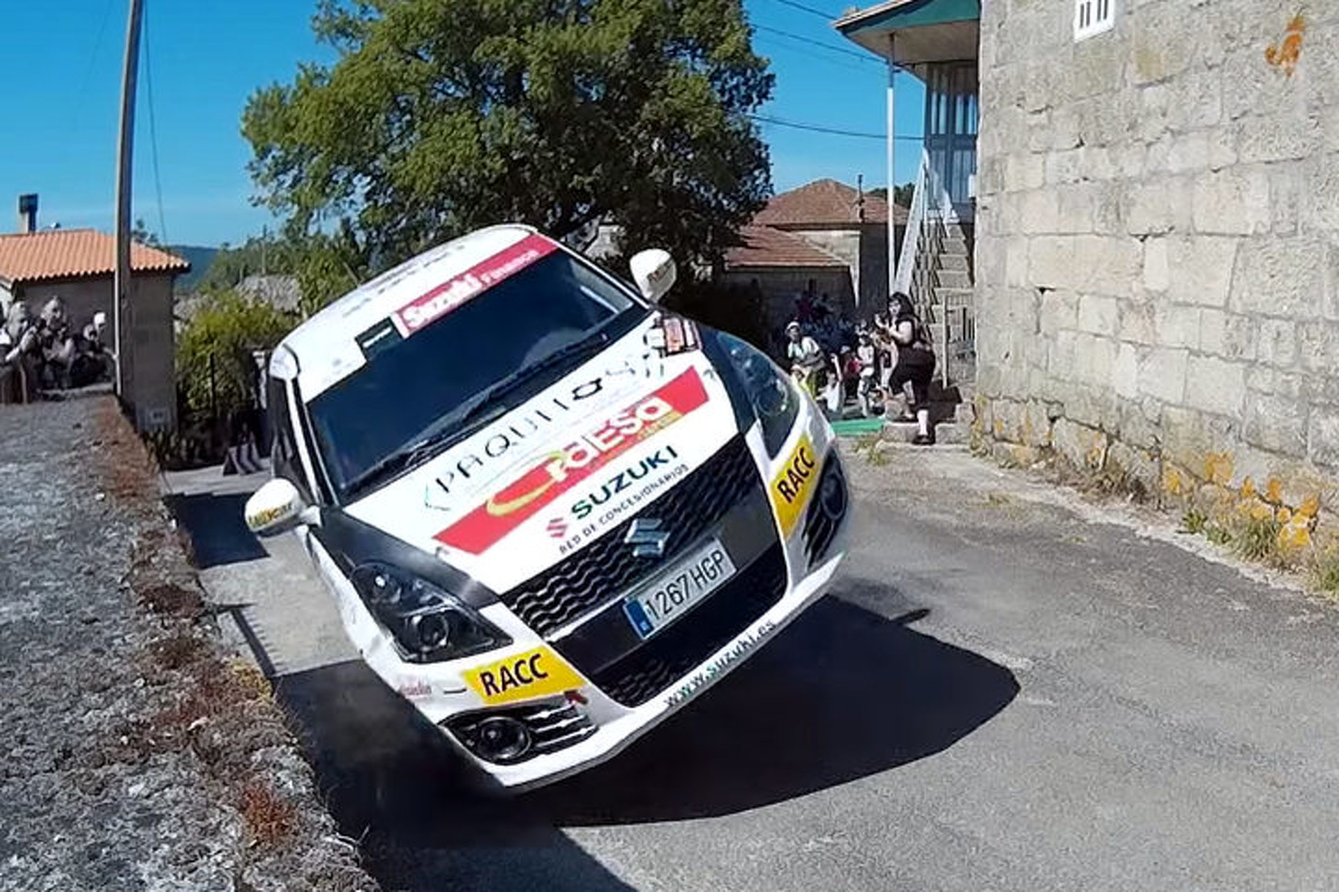 Rally Drivers in Spain Make Amazing Two-Wheeled Recovery [video]