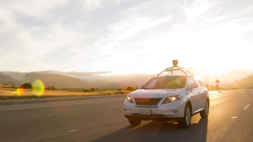Google explains how self-driving Lexus RX 450h hit a bus [video]