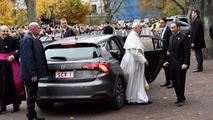 Le Pape François roule maintenant en Fiat Tipo
