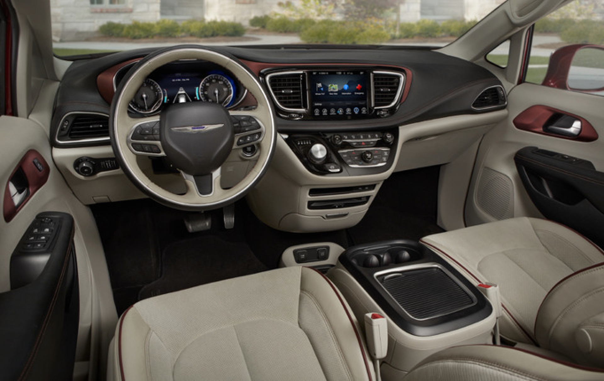 """""""Pacifica"""" is How Chrysler Says """"Town & Country"""" in 2017"""