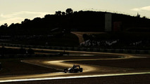After local floods, Jerez dry for Friday's test