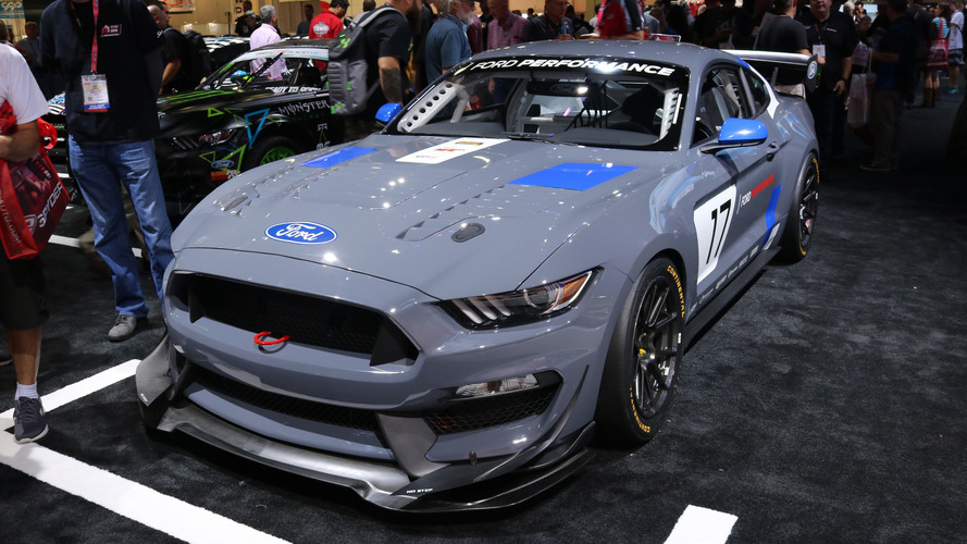 Video: Ford Mustang GT4 at the 2016 SEMA Show