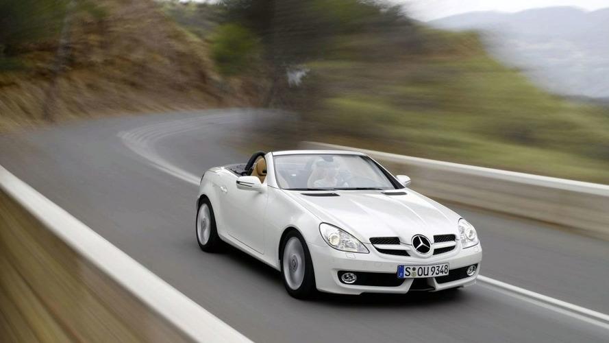 OFFICIAL: Mercedes-Benz SLK Facelift Unveiled
