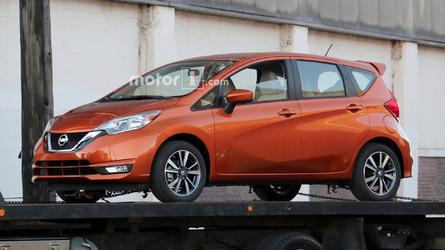2017 Nissan Versa Note spied undisguised with updated look
