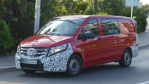 2015 Mercedes-Benz Vito spied up close